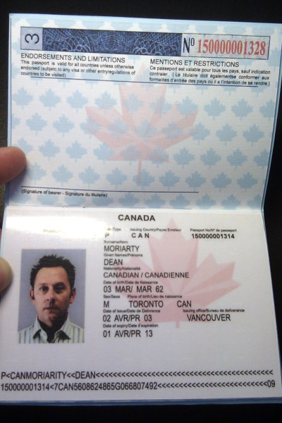 how to make a fake canadian passport